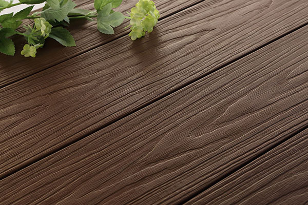 Plastic wood floor is a new kind of energy saving and environmental protection material